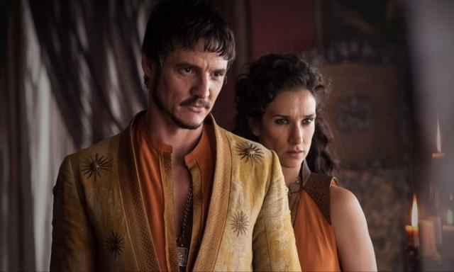 Bei seiner Ankunft in King' Landing sorgt Prinz Oberyn Martell mit seiner Geliebten Ellaria Sand bereits für einigen Wirbel – und schenkt dem Zuschauer der vierten Staffel GAME OF THRONES die ersten Momente frontaler Nacktheit und übermäßiger Gewalt. © HBO