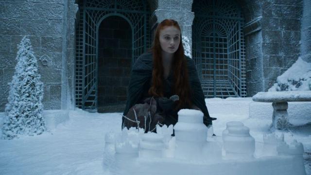 Sansas Schnee-Winterfell ist die Utopie einer goldenen Zeit vor all dem Schrecken, ein wahrhaftiger Niemals-Ort, zu dem es keine Rückkehr gibt.