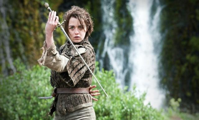 Arya trainiert ihren tödlichen Wassertanz – doch ist sie noch weit davon entfernt, es mit ihren mächtigen Feinden aufzunehmen. © HBO
