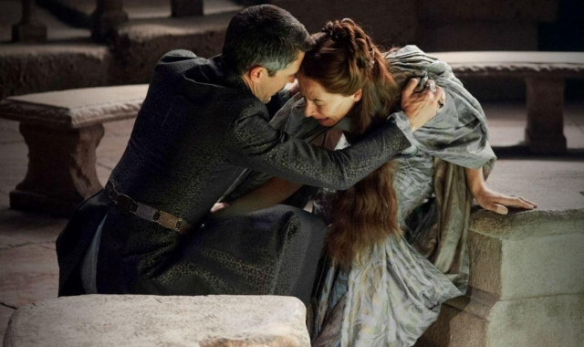"Ihre blinde Liebe für Littlefinger wird Lady Lysa Arryn zum Verhängnis: ""I have only loved one woman...only one my entire life: your sister."""