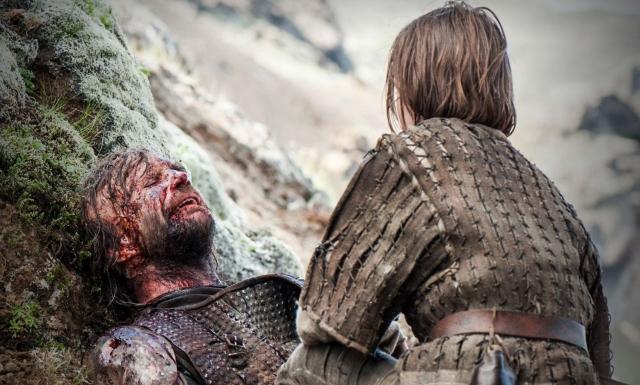 Aryas nicht erwiesene Gnade zeigt: Sie ist nicht mehr Kind von Ned Stark, sondern von Sandor Clegane.