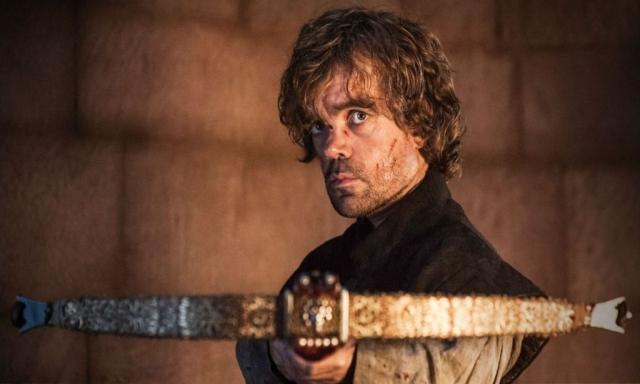 Happy Father's Day! In THE CHILDREN findet der Konflikt zwischen Tyrion und seinem Vater Tywin sein tödliches Ende. Ein atemberaubendes Finale der Folge und HBOs bitterböser Beitrag zum Vaterstag, der traditionell am dritten Sonntag im Juni gefeiert wird.