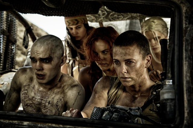MAD MAX Film Still 2012 Warner Bros. Entertainment Inc. © 2012 Village Roadshow Films